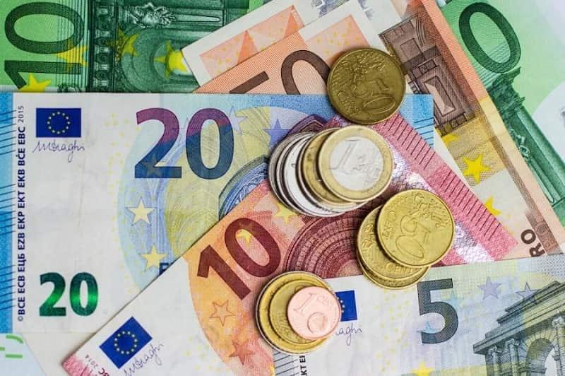 курс євро на сьогодні Чернівці